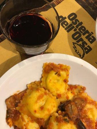 Photo of Italian Restaurant Osteria dell'Orsa at Via Mentana,1, Bologna 40126, Italy