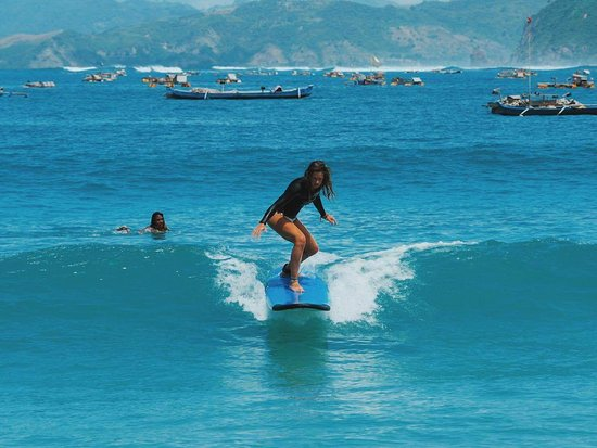 Selong Belanak, Indonesien: Mul's Surf School