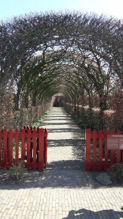 Muiden, The Netherlands: Toegang tuin