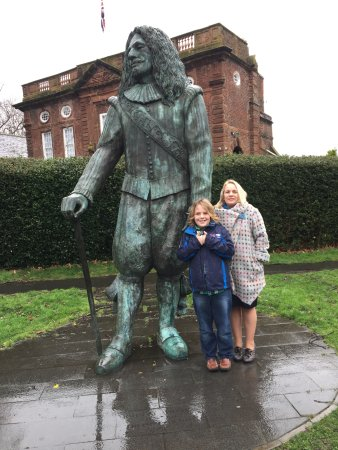 The Childe of Hale - he really was this tall!