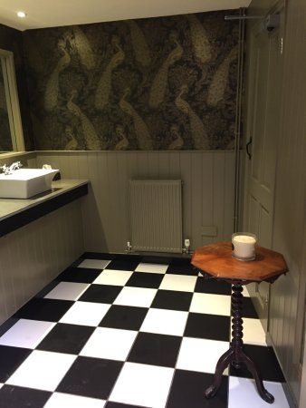 Fairford, UK: ladies loo