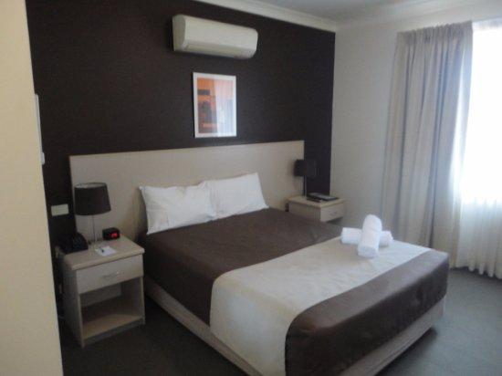 Warners Bay, Australië: Comfortable bed