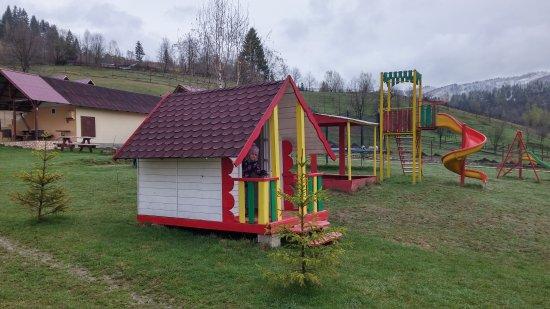 Vama, Rumania: 20170407_091621_HDR_large.jpg