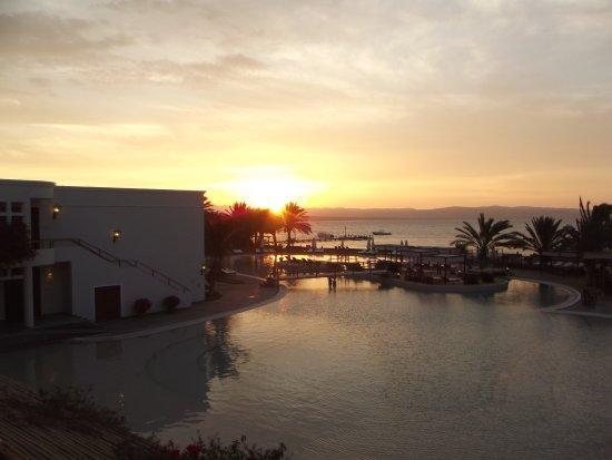 La Hacienda Bahía Paracas: sunset from our balcony
