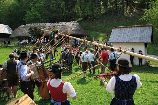 Στυρία, Αυστρία: Zahleriche Veranstaltung zu Brauchtum, Natur, Volkskultur