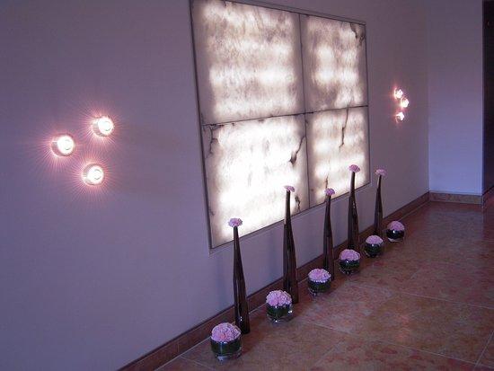 The Mandala Hotel: giochi di luci e profumi
