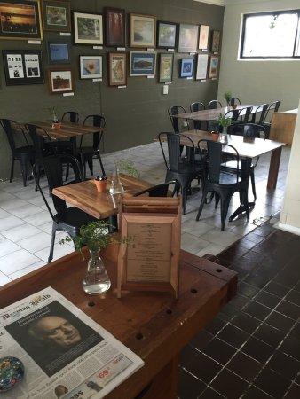 Four One Six Cafe: 416-Café: Innenansicht & Speisekarte