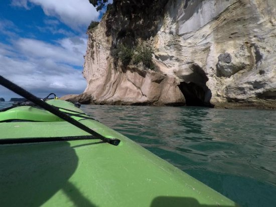 Cathedral Cove Kayak Tours: Kayak