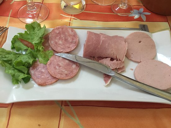 Charny, France: photo0.jpg