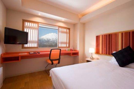 M Hotel: Bedroom