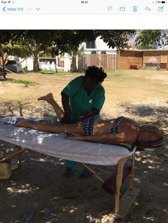 Cockleshell Beach : Massage with Jennifer