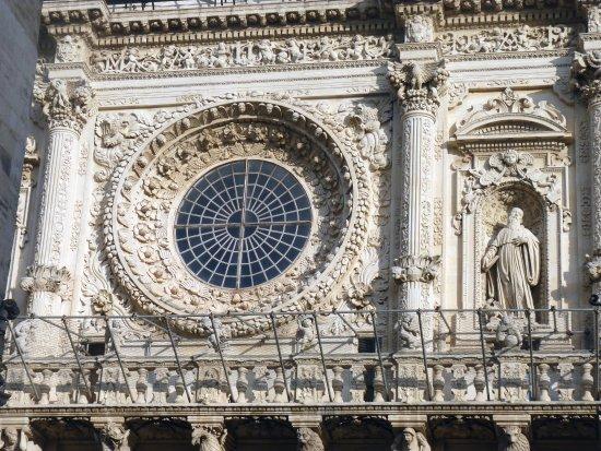 Basilica di Santa Croce : Il rosone