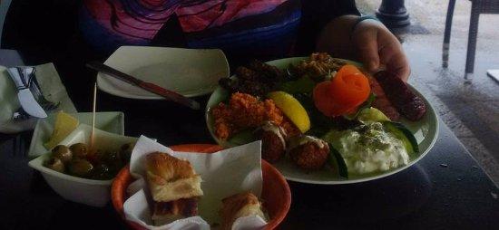 Green Olive Meze Restaurant & Bar: Starter to share - Chefs selection Meze platter