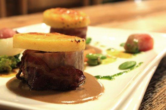 Auberge Joseph Mellot : mignon de porc lardé à la rhubarbe