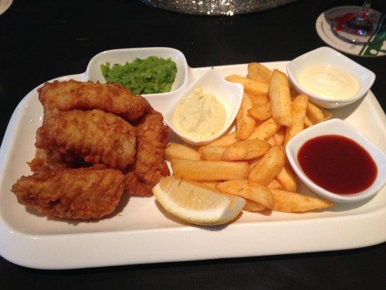 Al-Muharrak, Bahreyn: Fish and Chips