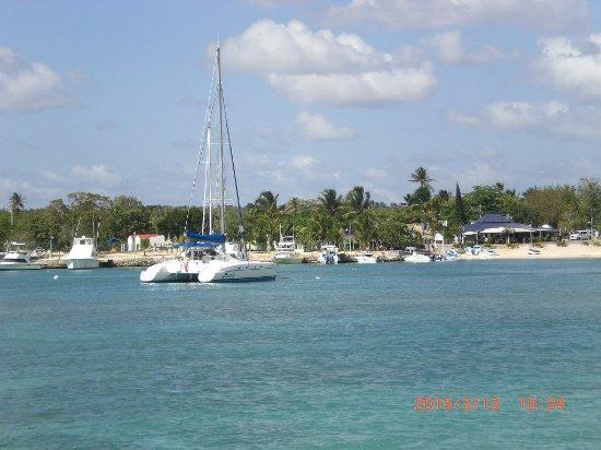 Bayahibe, Δομινικανή Δημοκρατία: Общественный пляж в Байяибе