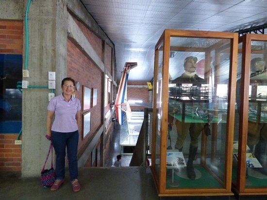 Museo Aéréo Fénix: Maqueta de aeropuerto, Aviones Barcos motos y mucho mas de todo lo que se ha vivido en el siglo
