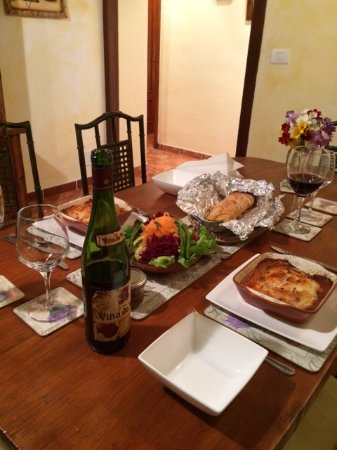 Tenerife Self Catering - La Bodega: Shiela's cooking delivered to the cottage