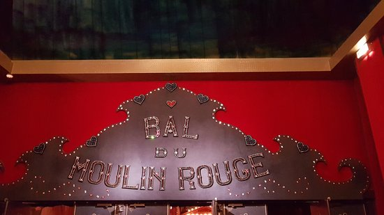 Photo of Monument / Landmark Moulin Rouge at 82 Boulevard De Clichy, Paris 75018, France