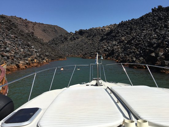 Alex Private Boat Rental: the hot springs