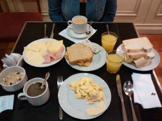 Pestana Buenos Aires Hotel: Desayuno