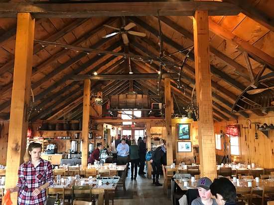 Dunham, Canada: Place centrale de la cabane à sucre Hiltop!