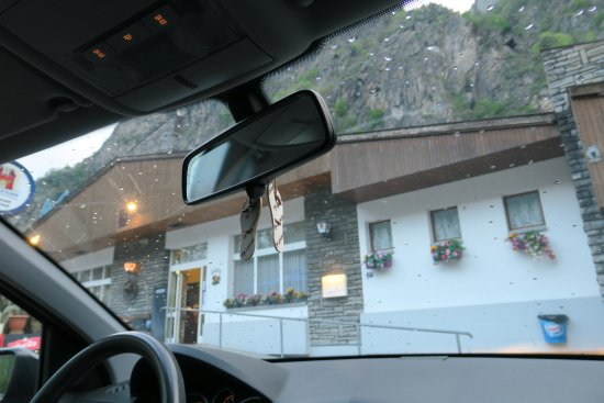 Restaurant la cascade pissevache vernayaz photo de la for Restaurant la cascade