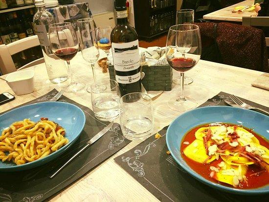 Castiglion Fiorentino, Italië: qualità e colore senza tralasciare l' ottimo gusto!