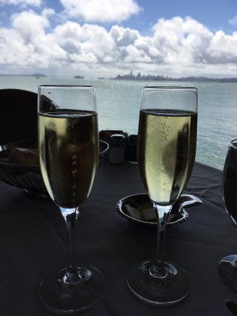 The Spinnaker: Celebrating my birthday with Mumm Champagne