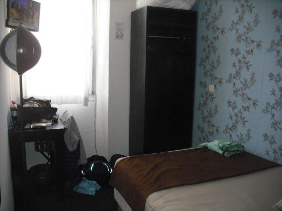 Hotel Alize Cannes: chambre