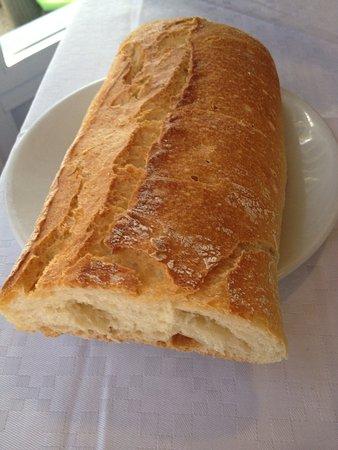 Navalmoral, Spania: Menú del día: sopa de mariscos, lentejas y cochifrito