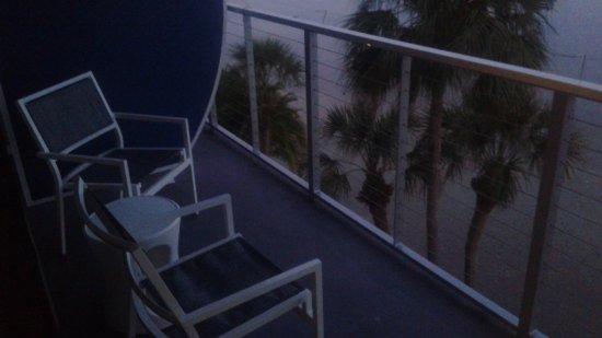 Bay Harbor Hotel: Balcony