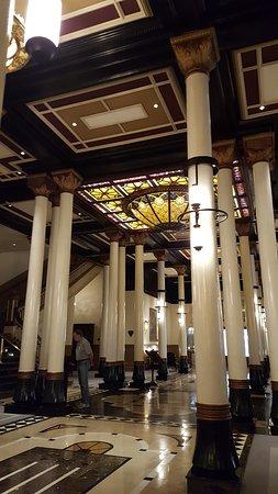 The Driskill: the lobby
