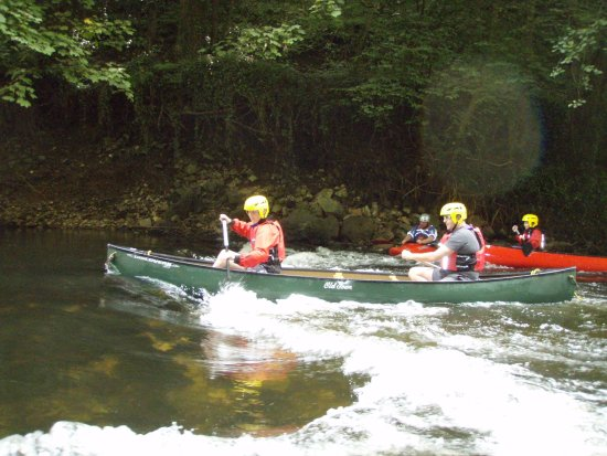 An exciting canoe trip along the River Derwent in Matlock Derbyshire Peak District