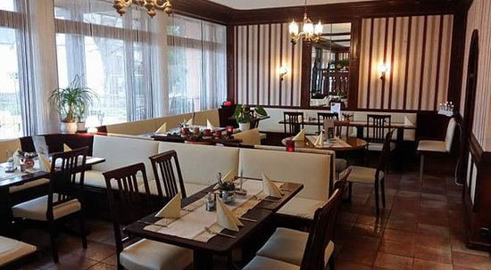 Wörschach, Österreich: König's Kaffeehaus und Pasta Restaurant