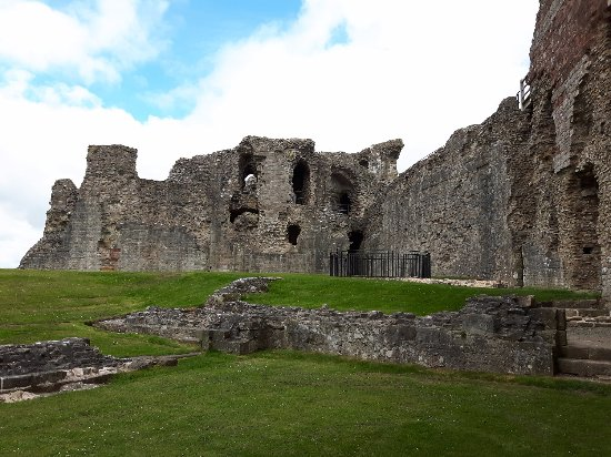 Denbigh Castle from the Great Hall section
