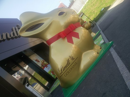 Kilchberg, Switzerland: Easter special chocolate