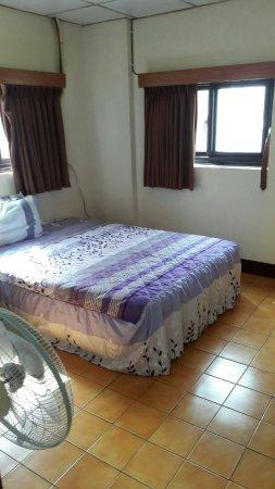 Yan Bin Hotel
