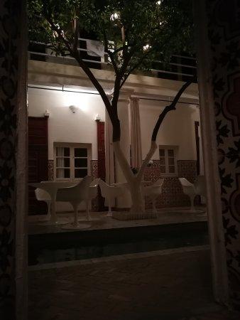 Hotel du Tresor: IMG_20170328_215423_large.jpg