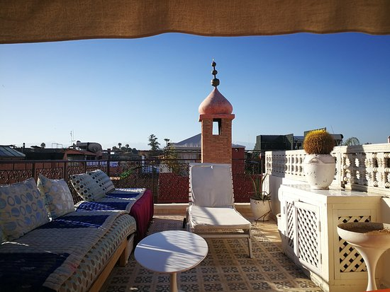Hotel du Tresor: IMG_20170329_085317_large.jpg