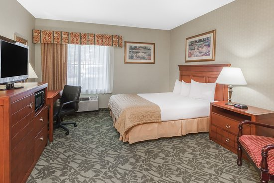 Baymont Inn & Suites Grand Rapids N/Walker: Handicap Queen Room