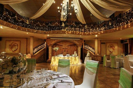 Casa toscana lodge pretoria afrique du sud voir les for Salle a manger johannesburg