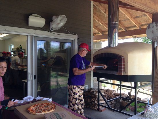 Northfield, MN: The pizza oven