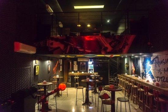 Biere Live Music Pub