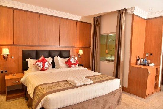 BON Hotel Grand Pela