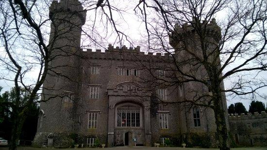 Charleville Castle: castle from outside