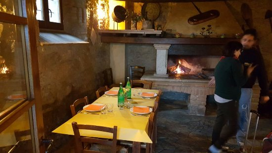 Montecchio, Italia: IMG-20170406-WA0009_large.jpg