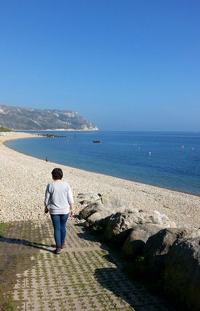 Ringstead, UK: A beautiful day in early April!