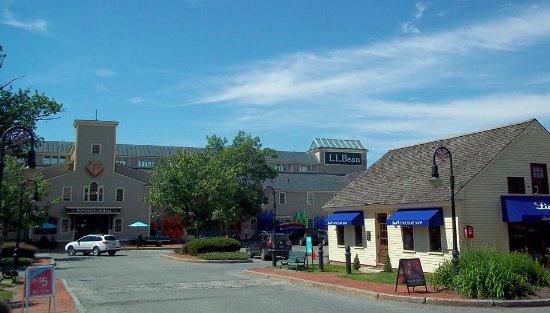 West Lebanon, Индиана: PowerHouse Mall