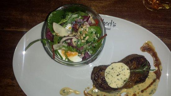 "Crimmitschau, Germany: Rumpsteak ""Lady"" mit Salat"